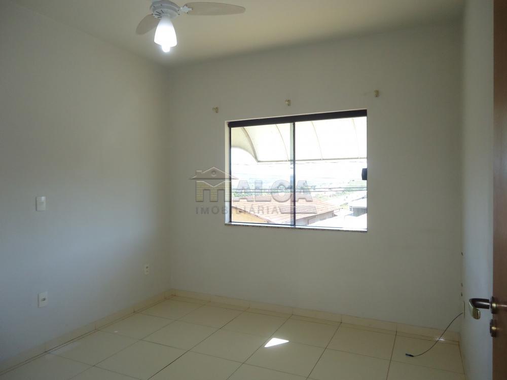 Alugar Apartamentos / Padrão em São José do Rio Pardo R$ 950,00 - Foto 16