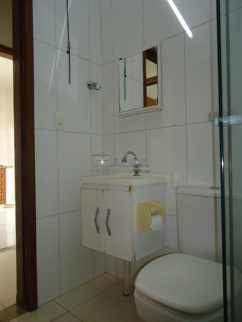 Alugar Apartamentos / Padrão em São José do Rio Pardo R$ 950,00 - Foto 21
