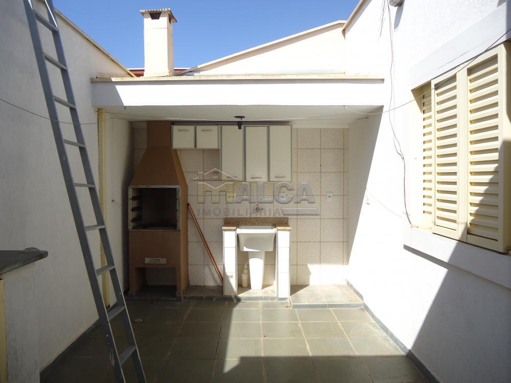 Alugar Apartamentos / Padrão em São José do Rio Pardo R$ 950,00 - Foto 28