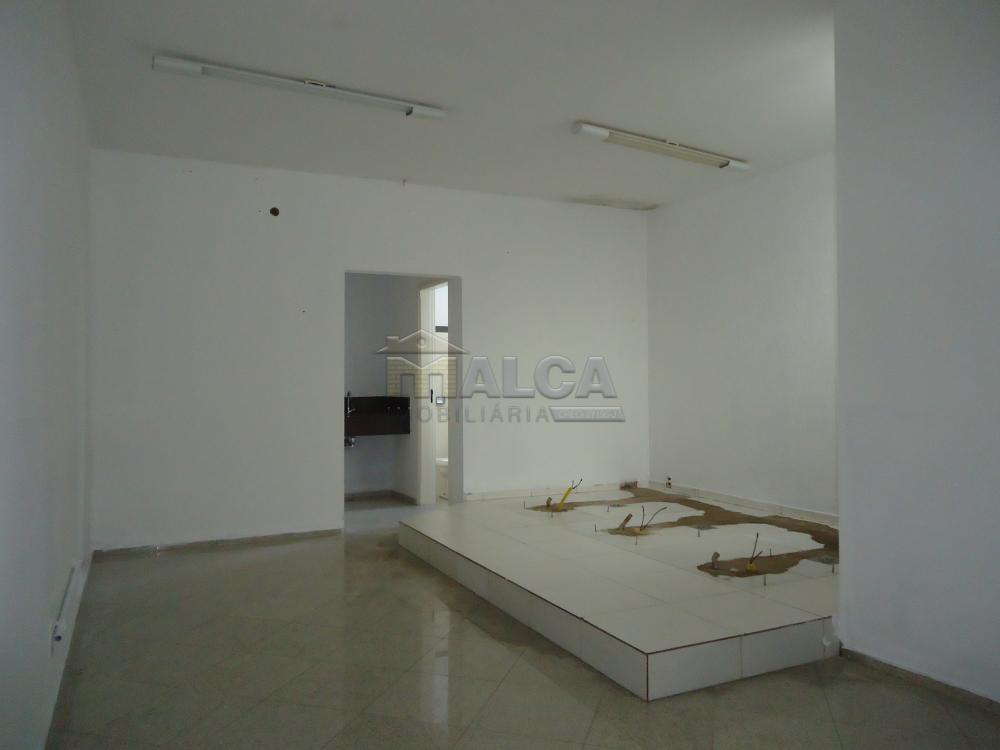 Comprar Comerciais / Salas em São José do Rio Pardo - Foto 8