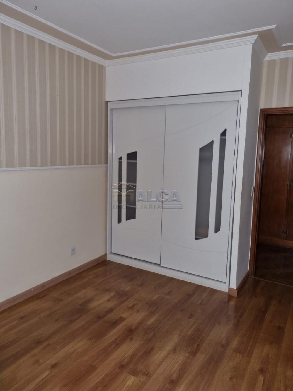Alugar Casas / Padrão em São José do Rio Pardo R$ 2.950,00 - Foto 21