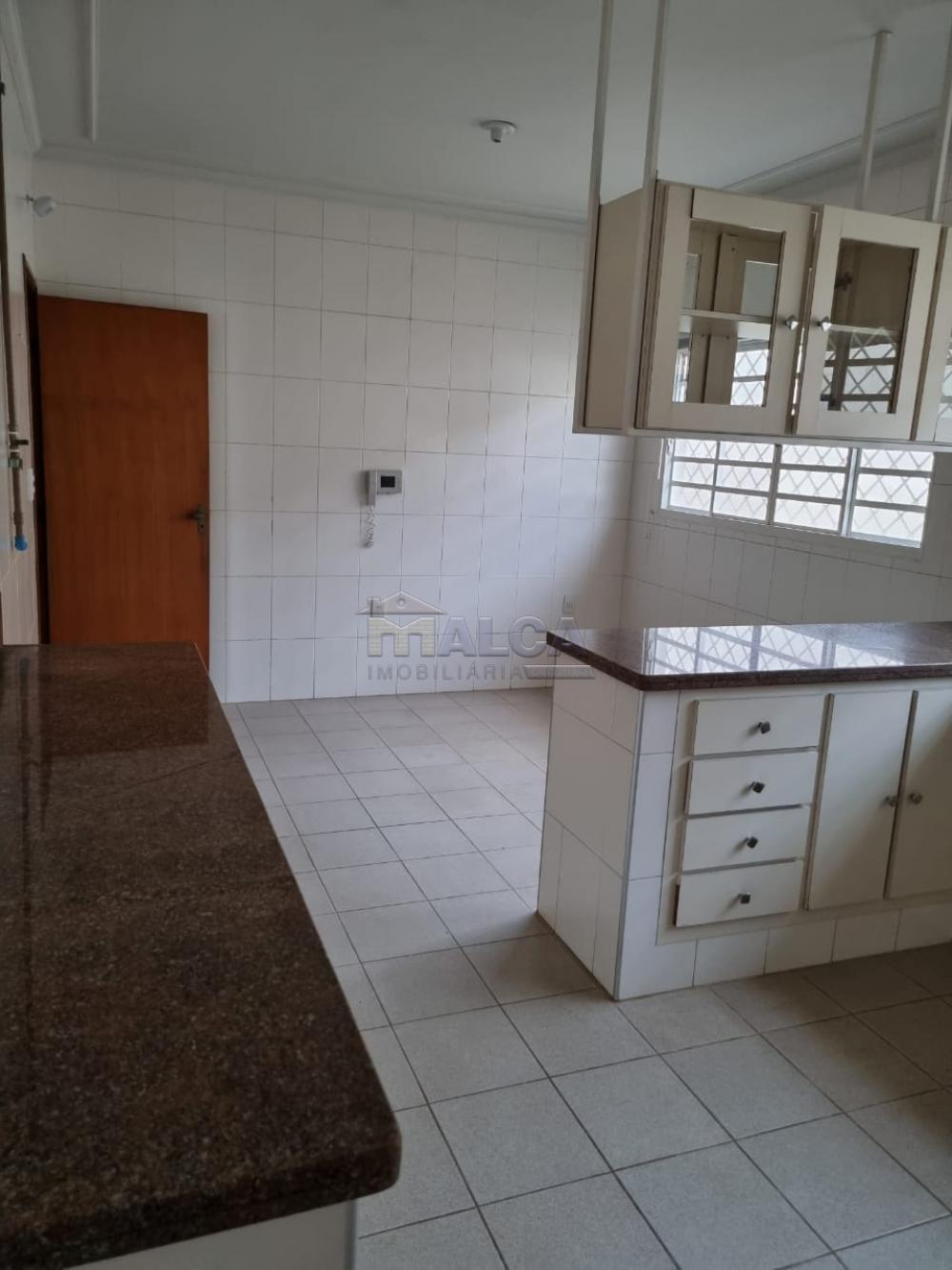 Alugar Casas / Padrão em São José do Rio Pardo R$ 2.950,00 - Foto 27