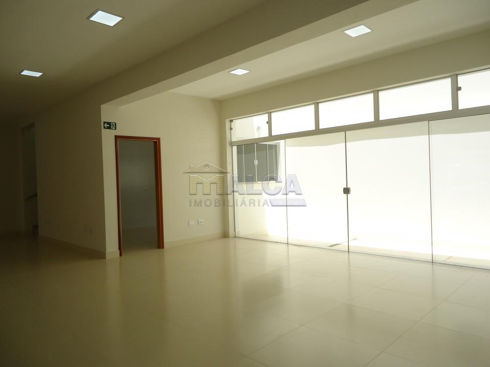 Alugar Comerciais / Salões em São José do Rio Pardo apenas R$ 13.500,00 - Foto 23