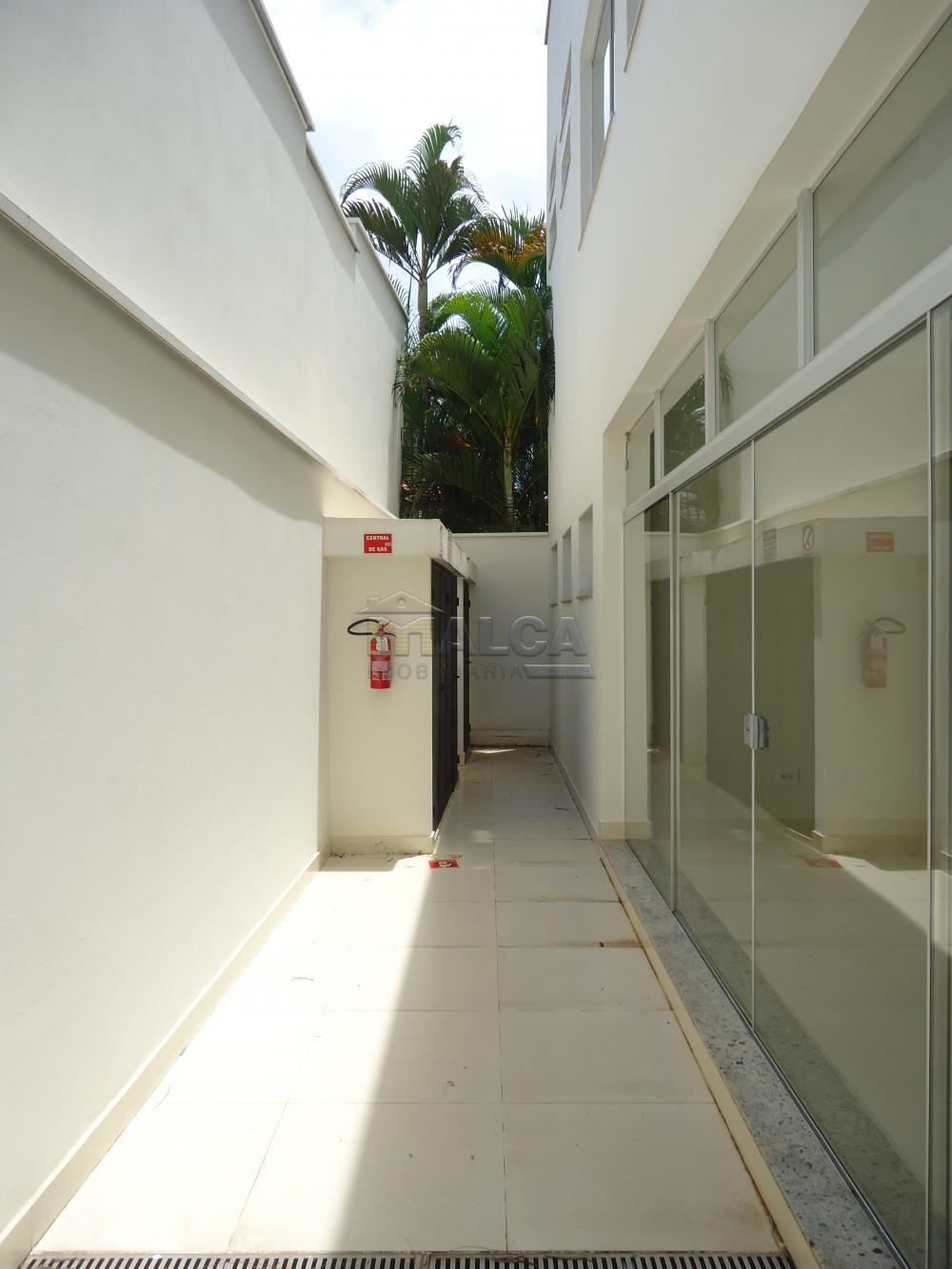 Alugar Comerciais / Salões em São José do Rio Pardo apenas R$ 13.500,00 - Foto 24