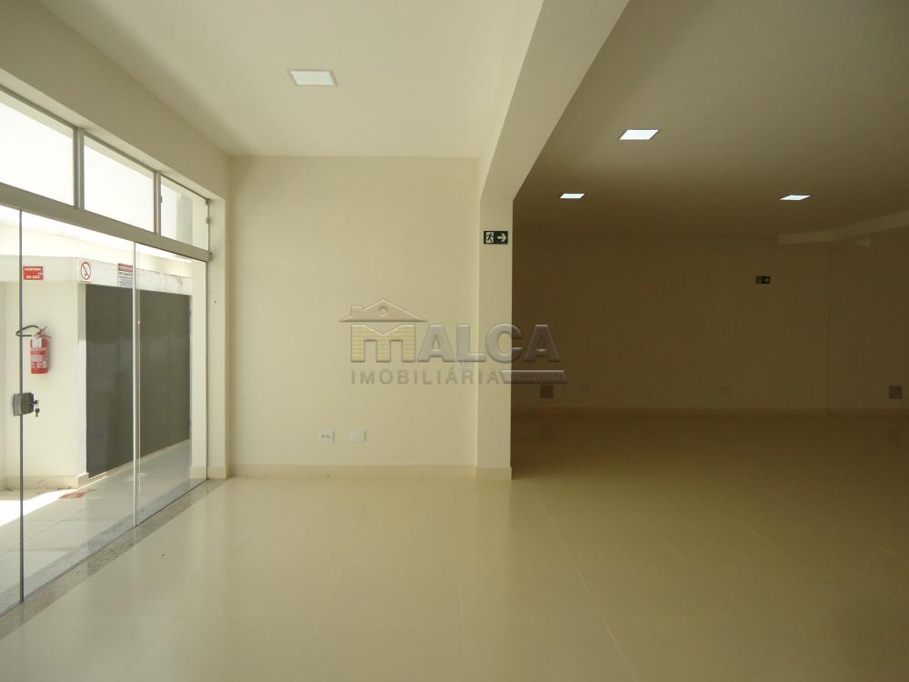 Alugar Comerciais / Salões em São José do Rio Pardo apenas R$ 13.500,00 - Foto 25