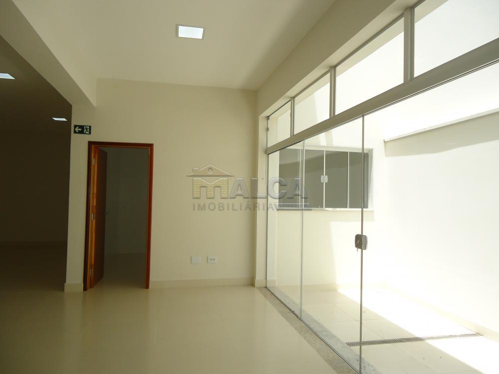Alugar Comerciais / Salões em São José do Rio Pardo apenas R$ 13.500,00 - Foto 18