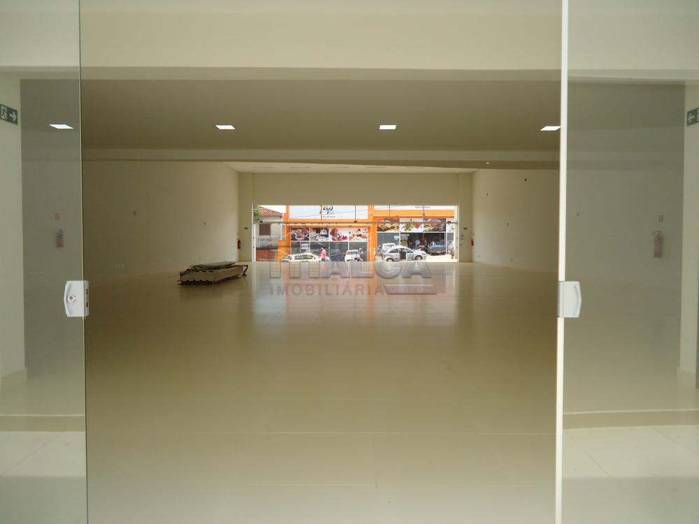 Alugar Comerciais / Salões em São José do Rio Pardo apenas R$ 13.500,00 - Foto 29