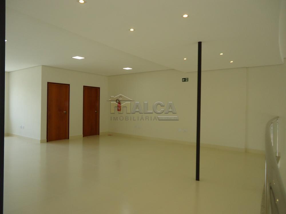 Alugar Comerciais / Salões em São José do Rio Pardo apenas R$ 13.500,00 - Foto 43