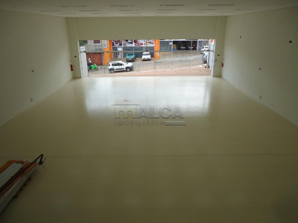 Alugar Comerciais / Salões em São José do Rio Pardo apenas R$ 13.500,00 - Foto 48
