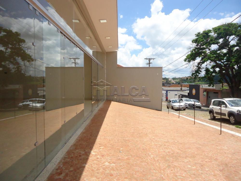 Alugar Comerciais / Salões em São José do Rio Pardo apenas R$ 13.500,00 - Foto 2