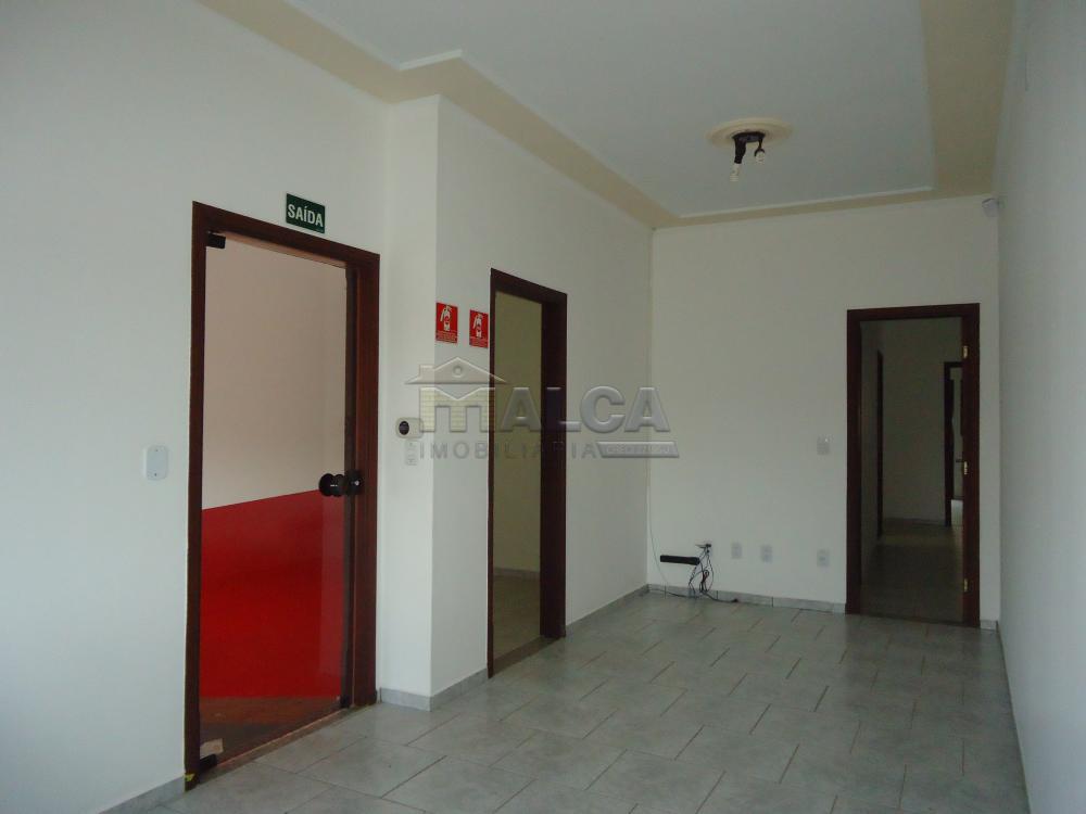 Alugar Comerciais / Salas em São José do Rio Pardo R$ 1.700,00 - Foto 4