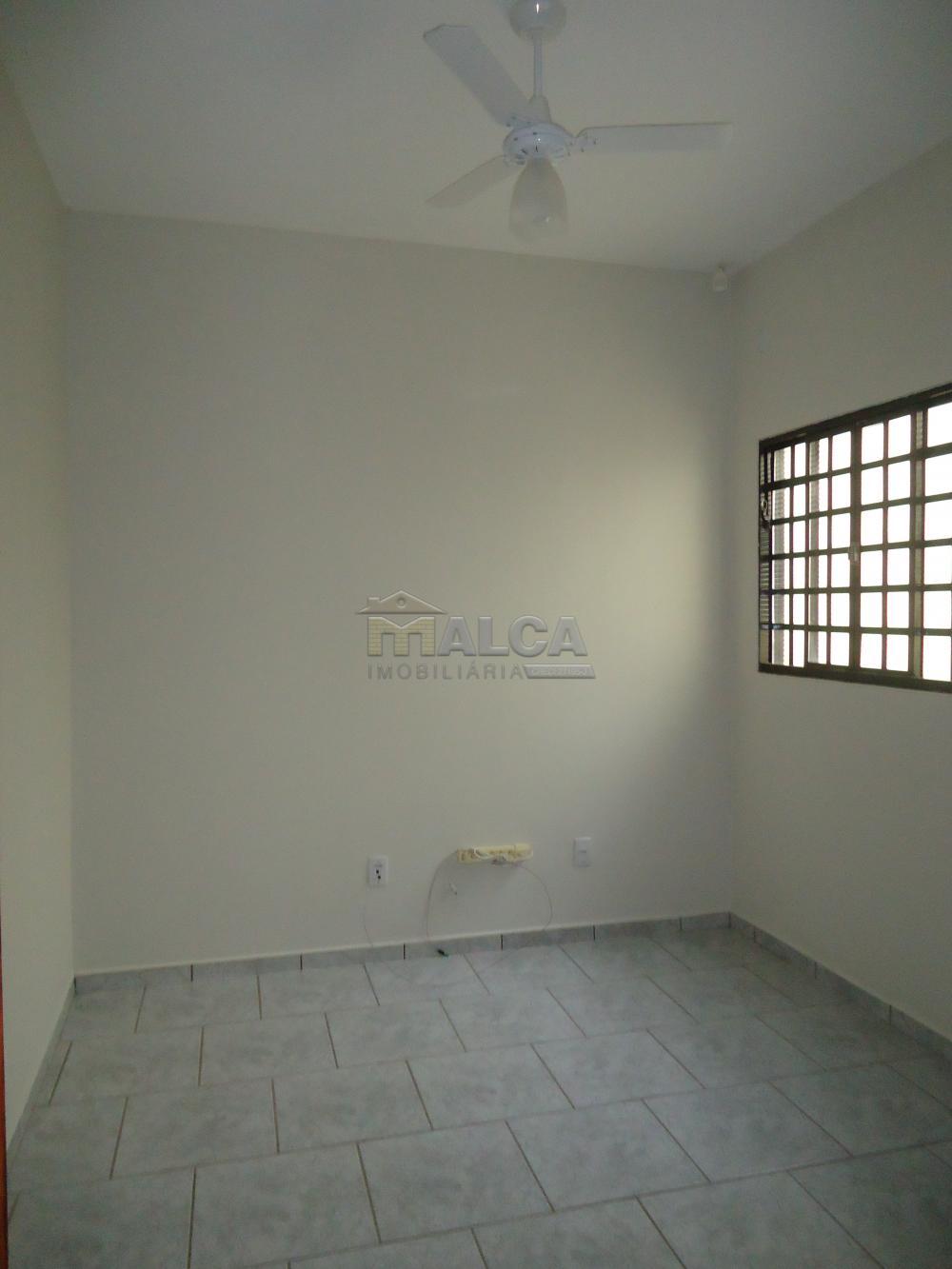 Alugar Comerciais / Salas em São José do Rio Pardo R$ 1.700,00 - Foto 5