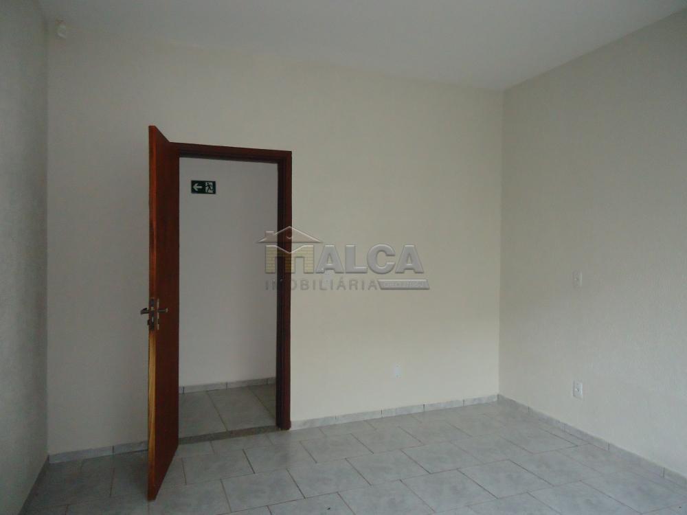 Alugar Comerciais / Salas em São José do Rio Pardo R$ 1.700,00 - Foto 12