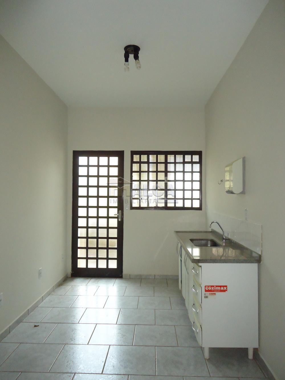 Alugar Comerciais / Salas em São José do Rio Pardo R$ 1.700,00 - Foto 17
