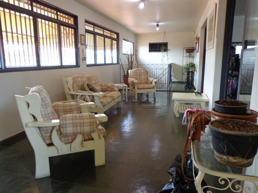 Alugar Casas / Padrão em São José do Rio Pardo R$ 2.200,00 - Foto 5