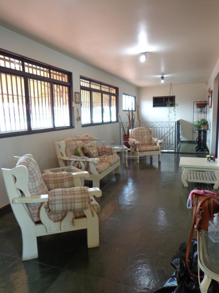 Alugar Casas / Padrão em São José do Rio Pardo R$ 2.200,00 - Foto 6