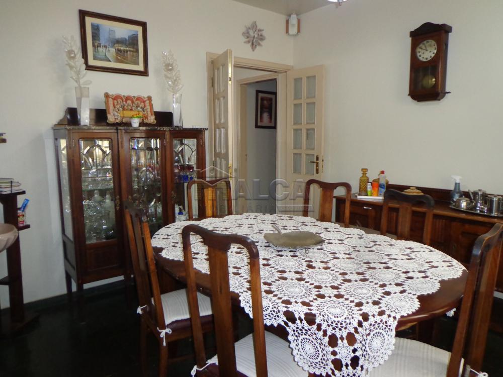 Alugar Casas / Padrão em São José do Rio Pardo R$ 2.200,00 - Foto 15