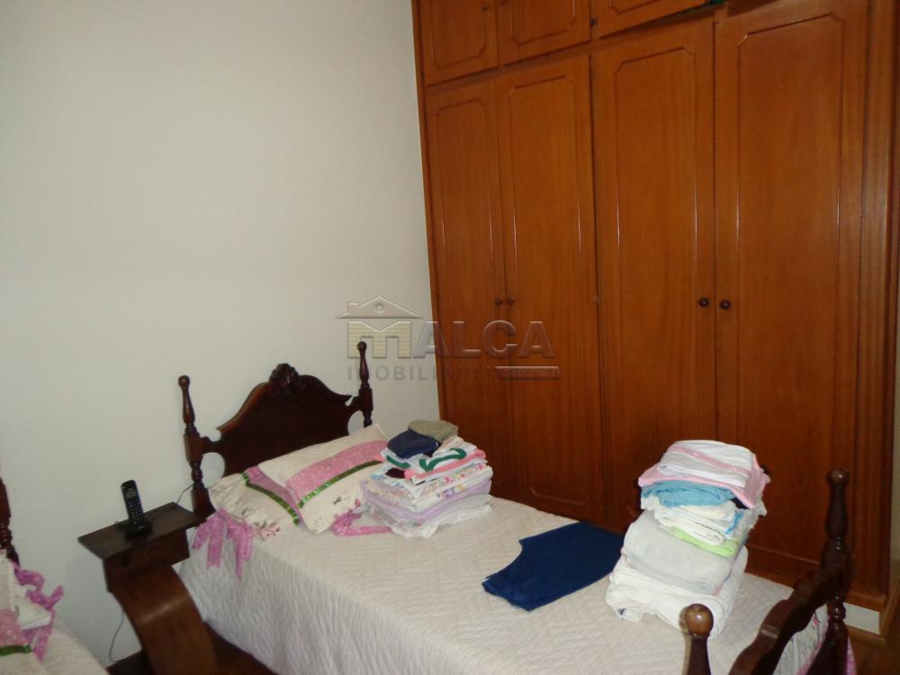 Alugar Casas / Padrão em São José do Rio Pardo R$ 2.200,00 - Foto 22