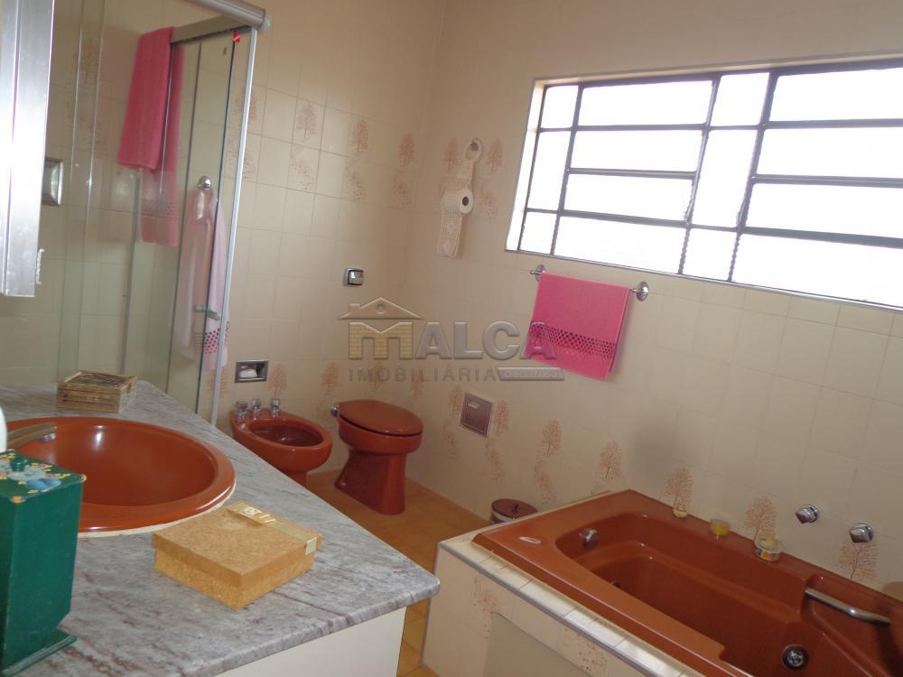 Alugar Casas / Padrão em São José do Rio Pardo R$ 2.200,00 - Foto 30