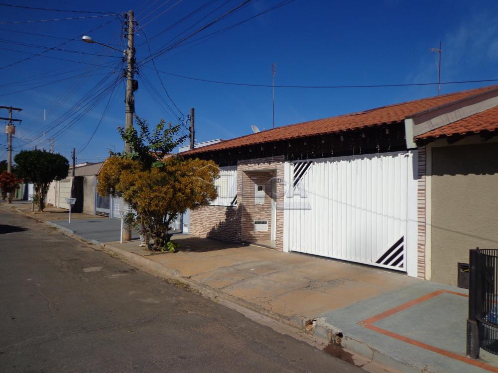 Comprar Casas / Padrão em São José do Rio Pardo R$ 318.000,00 - Foto 2