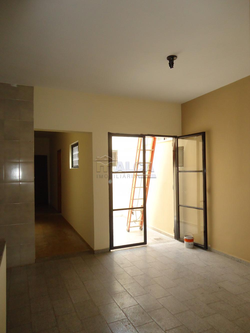Alugar Casas / Padrão em São José do Rio Pardo R$ 1.300,00 - Foto 12