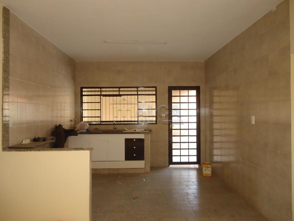 Alugar Casas / Padrão em São José do Rio Pardo R$ 1.300,00 - Foto 15