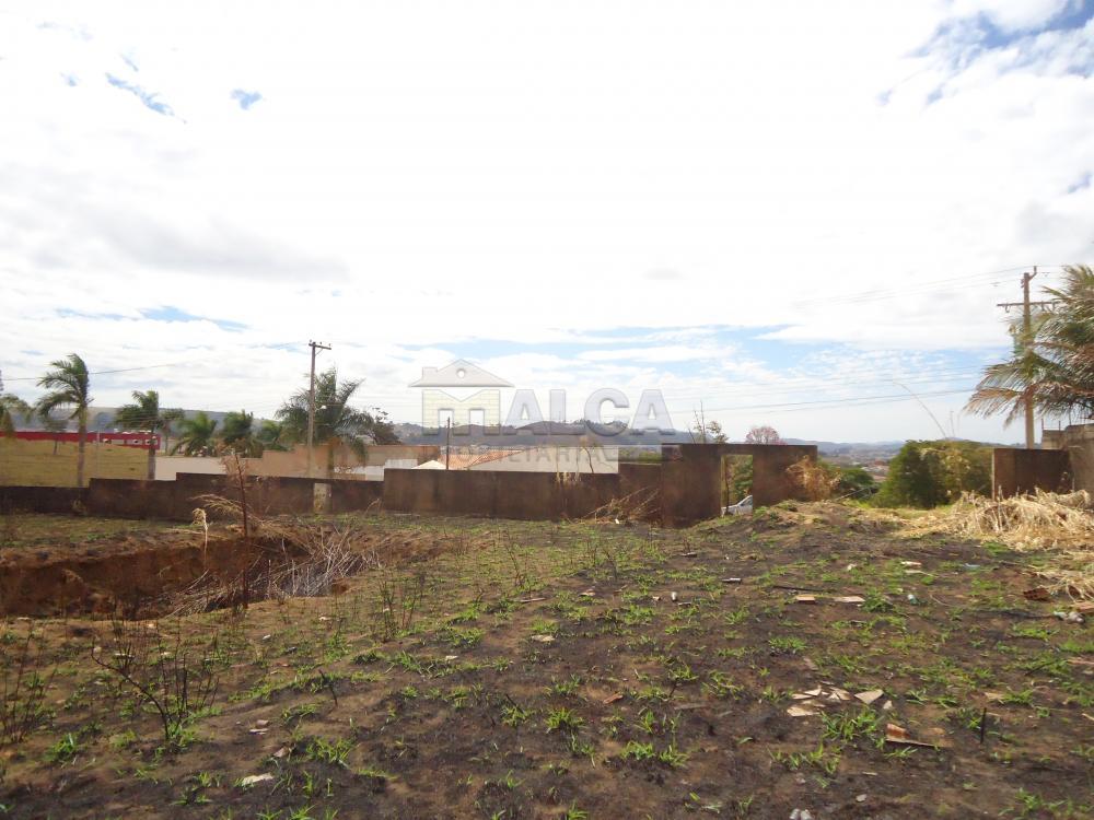 Comprar Terrenos / Padrão em São José do Rio Pardo R$ 318.000,00 - Foto 5