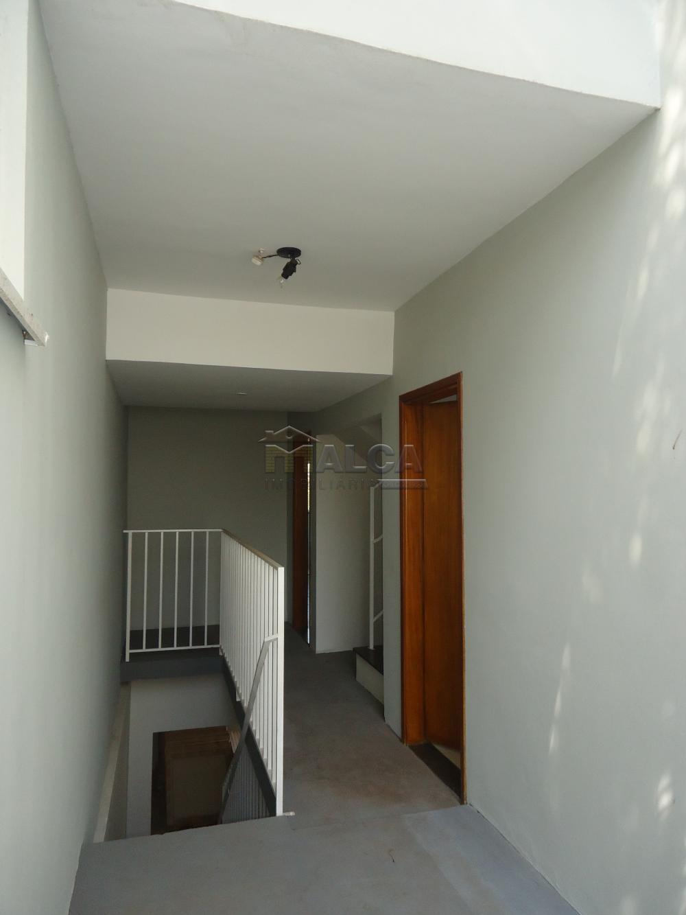 Alugar Apartamentos / Padrão em São José do Rio Pardo R$ 850,00 - Foto 6