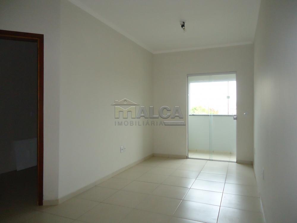Alugar Apartamentos / Padrão em São José do Rio Pardo R$ 850,00 - Foto 9