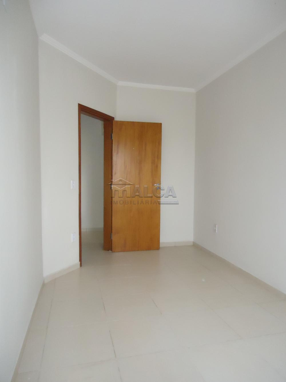Alugar Apartamentos / Padrão em São José do Rio Pardo R$ 850,00 - Foto 19
