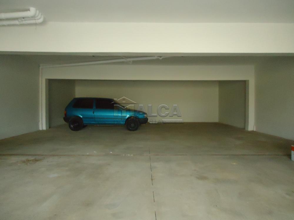 Alugar Apartamentos / Padrão em São José do Rio Pardo R$ 850,00 - Foto 28