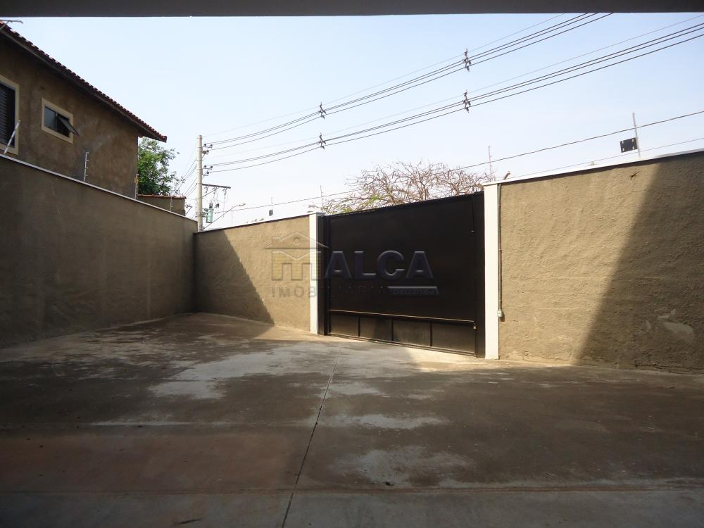Alugar Apartamentos / Padrão em São José do Rio Pardo R$ 850,00 - Foto 31