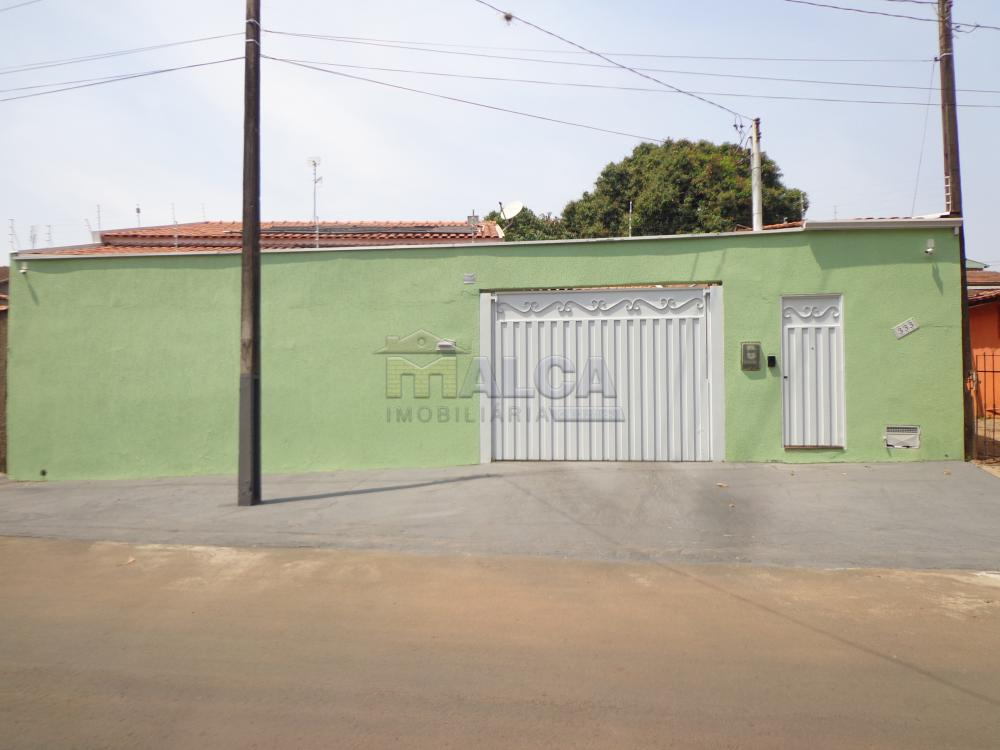 Comprar Casas / Padrão em São José do Rio Pardo R$ 475.000,00 - Foto 1