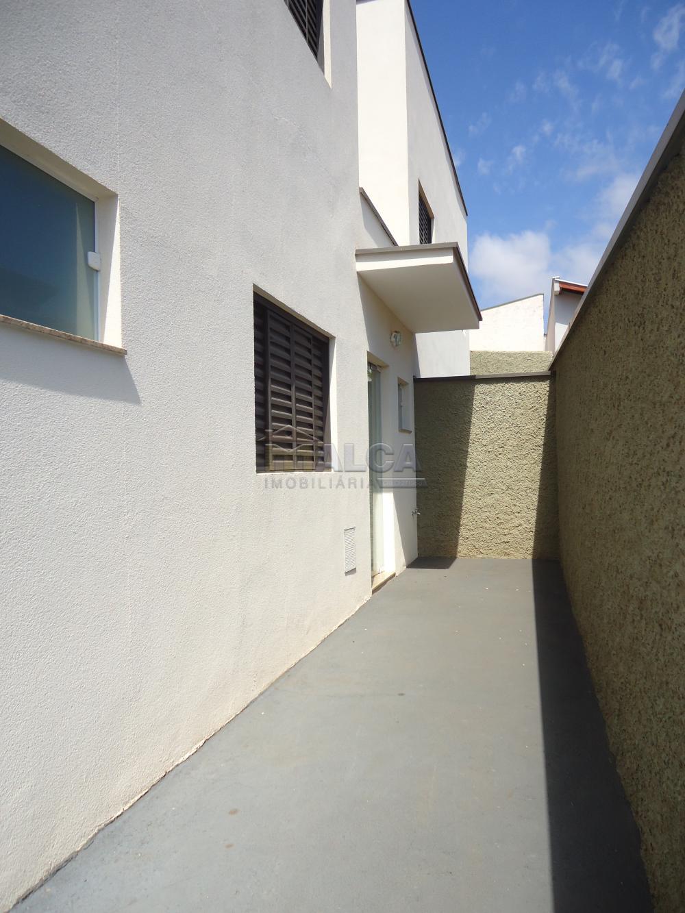 Alugar Apartamentos / Padrão em São José do Rio Pardo R$ 935,00 - Foto 6