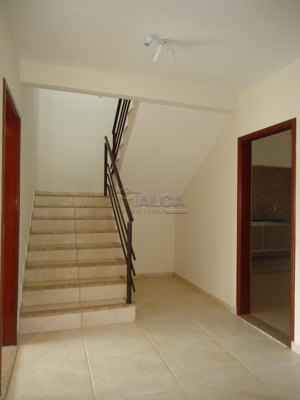 Alugar Apartamentos / Padrão em São José do Rio Pardo R$ 935,00 - Foto 9