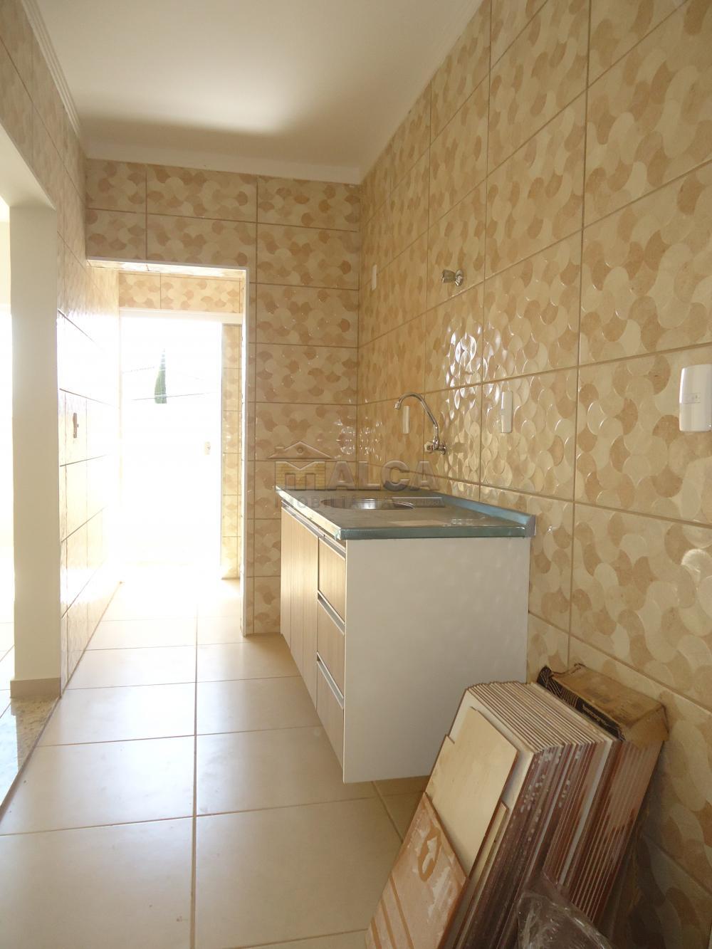 Alugar Apartamentos / Padrão em São José do Rio Pardo R$ 935,00 - Foto 19