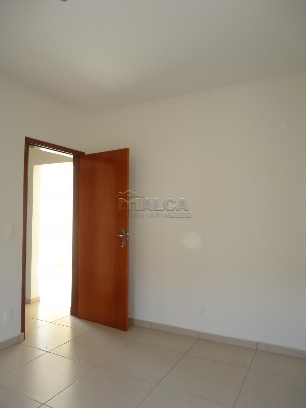 Alugar Apartamentos / Padrão em São José do Rio Pardo R$ 935,00 - Foto 26