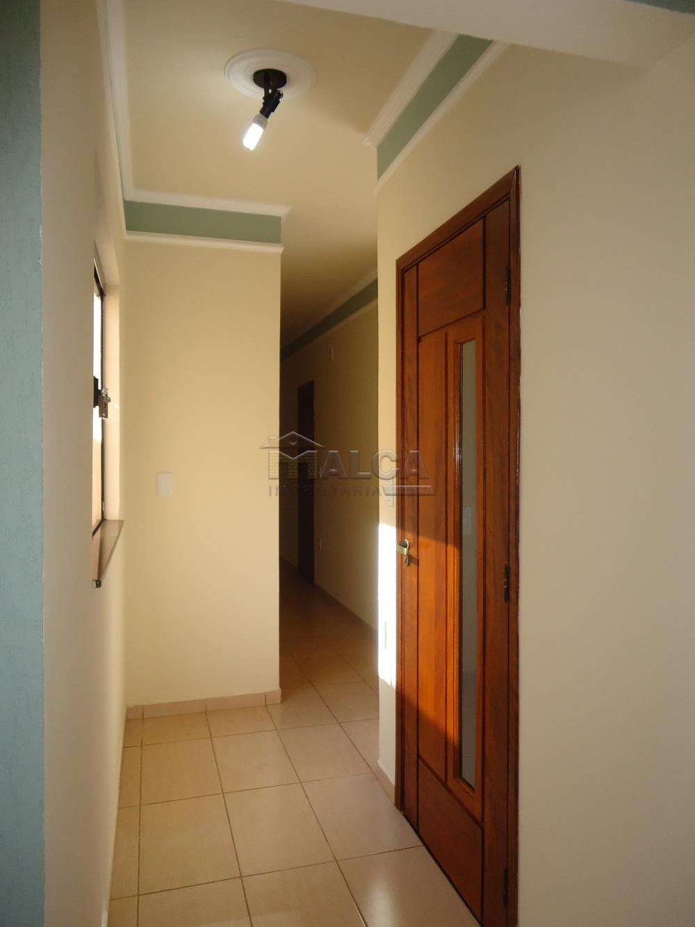 Alugar Casas / Padrão em São José do Rio Pardo R$ 1.500,00 - Foto 13