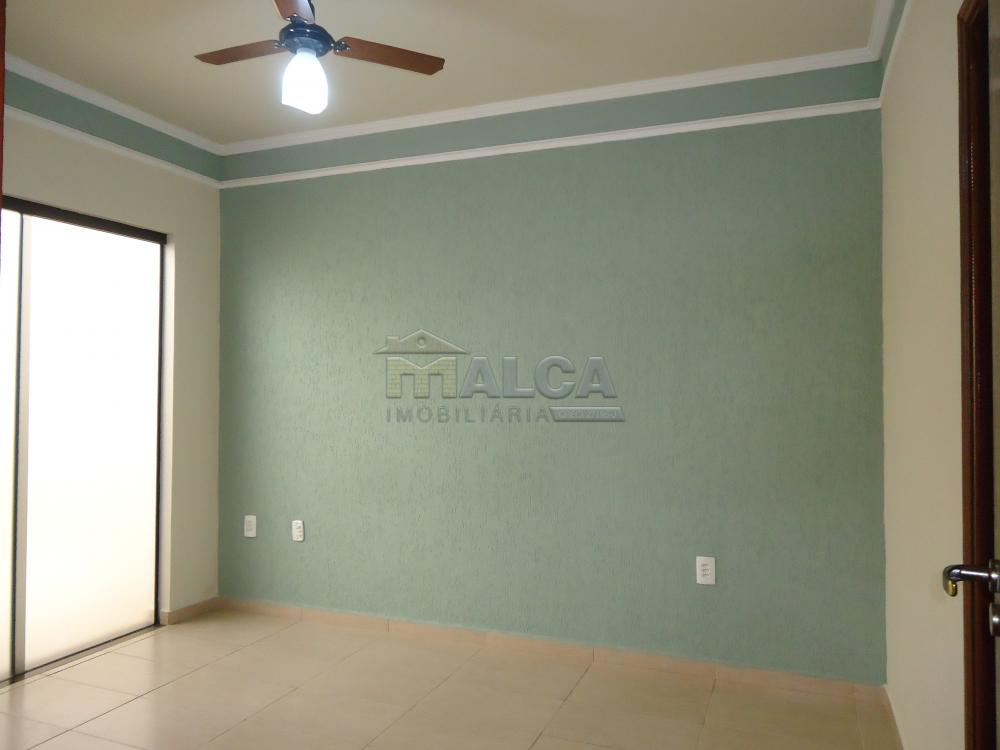Alugar Casas / Padrão em São José do Rio Pardo R$ 1.500,00 - Foto 15