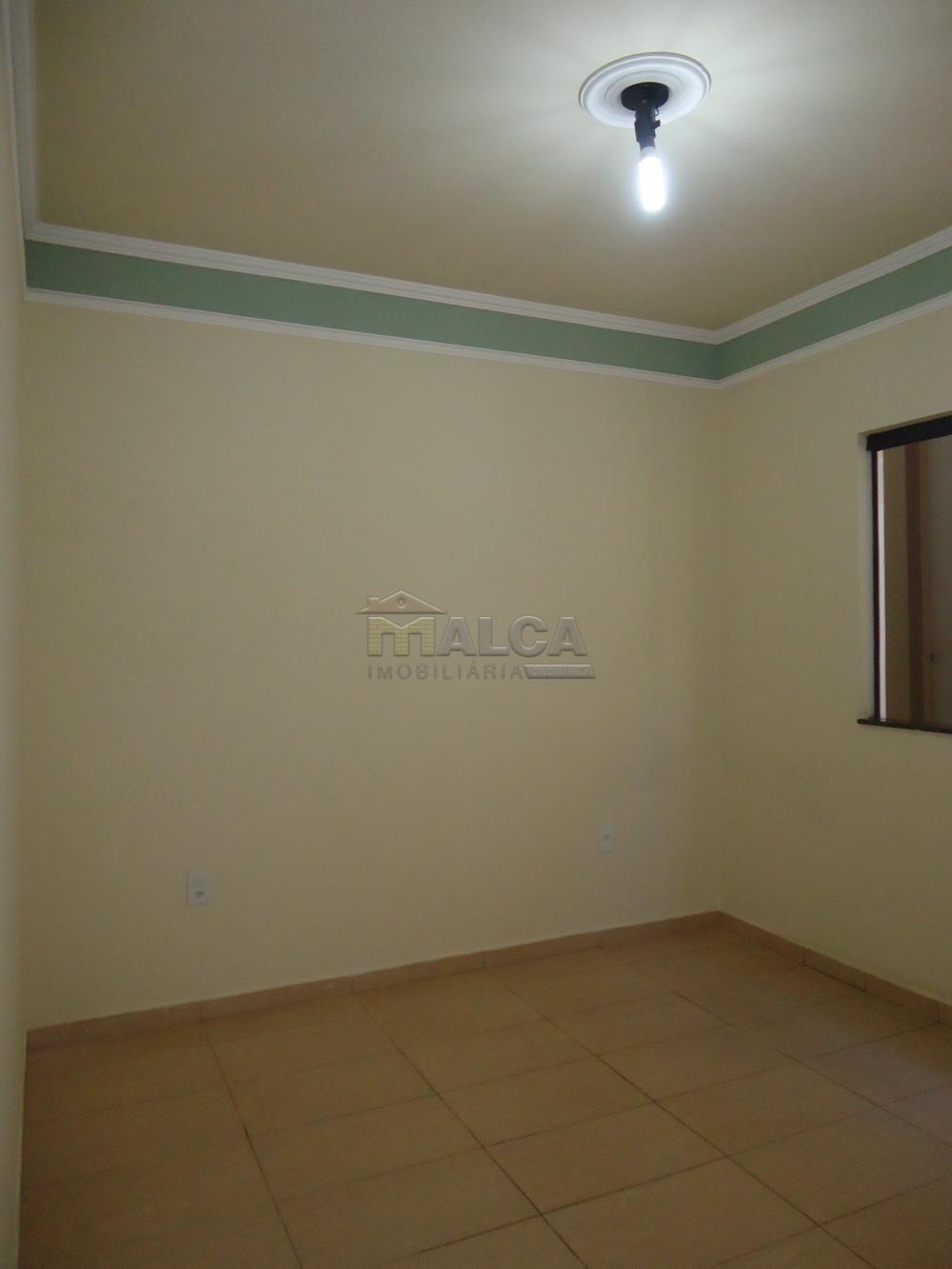 Alugar Casas / Padrão em São José do Rio Pardo R$ 1.500,00 - Foto 24
