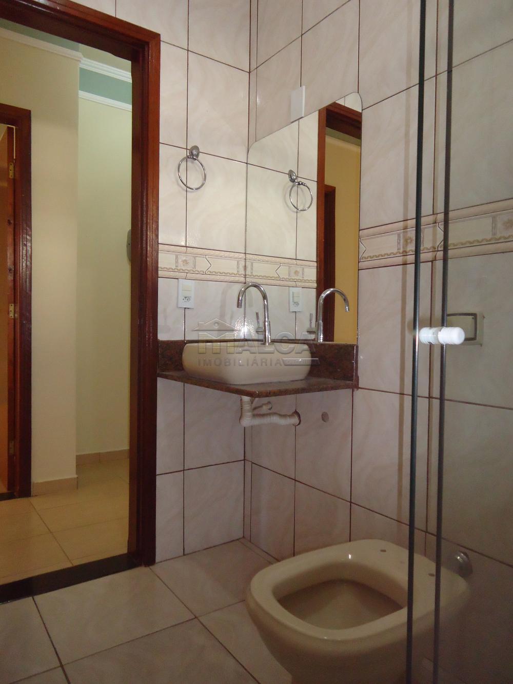 Alugar Casas / Padrão em São José do Rio Pardo R$ 1.500,00 - Foto 29