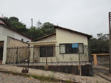 Alugar Casas / Padrão em São José do Rio Pardo. apenas R$ 265.000,00