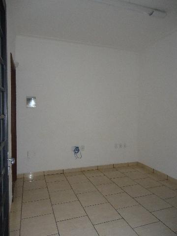 Alugar Casas / Padrão em São José do Rio Pardo R$ 1.700,00 - Foto 7