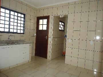 Alugar Casas / Padrão em São José do Rio Pardo R$ 1.700,00 - Foto 9