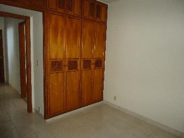 Alugar Apartamentos / Condomínio em São José do Rio Pardo R$ 900,00 - Foto 4