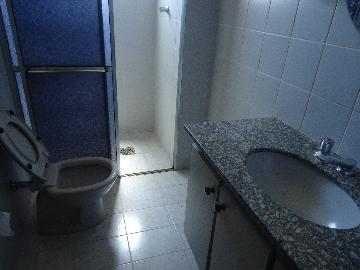 Alugar Apartamentos / Condomínio em São José do Rio Pardo R$ 900,00 - Foto 8
