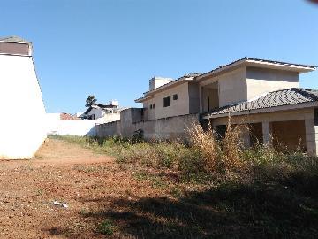 Alugar Terrenos / Padrão em São José do Rio Pardo. apenas R$ 210.000,00