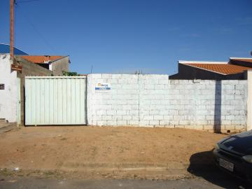 Alugar Terrenos / Padrão em São José do Rio Pardo. apenas R$ 75.000,00