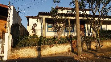 Alugar Casas / Geminada em São José do Rio Pardo. apenas R$ 600,00