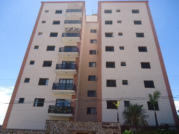 Alugar Apartamentos / Padrão em São José do Rio Pardo. apenas R$ 1.250,00